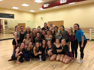 Kiesha with our senior level dancers after a GREAT CLASS!